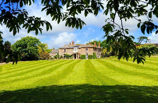 Broomhill Manor Country Estate
