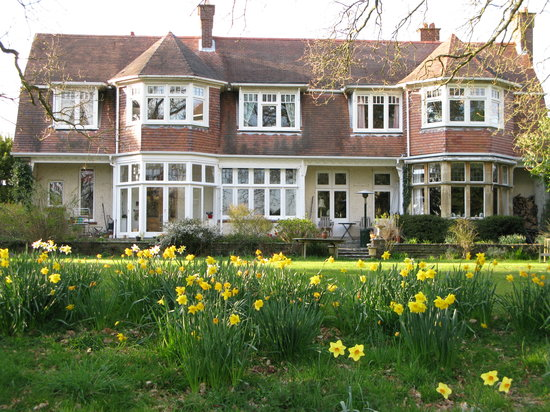 Arnewood Manor House
