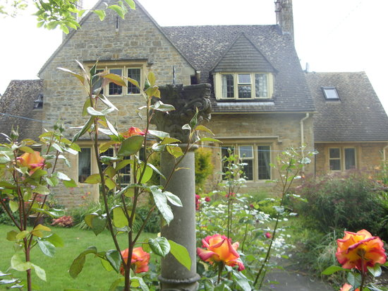 Manor Close B & B