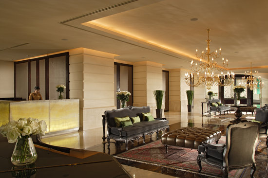 lebua at State Tower: lebua lobby