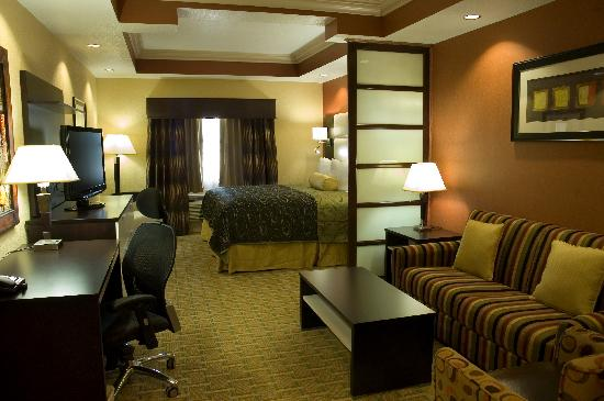 King Suite Picture Of Best Western Plus Jfk Inn Suites North Little Rock Tripadvisor