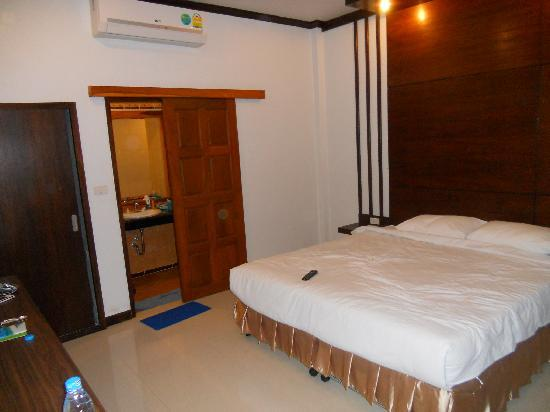 Phangan Bayshore Resort: bedroom