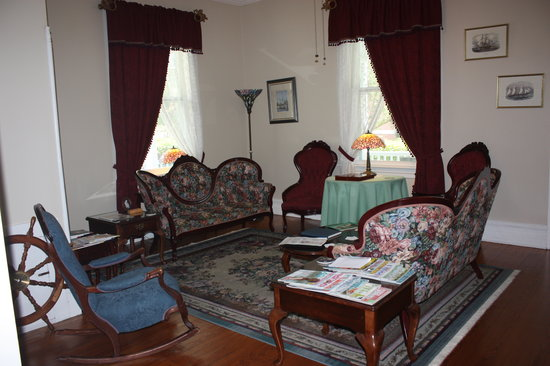 Photo of Captain's Quarters Inn Edenton