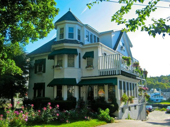 Photo of Harbour Towne Inn on the Waterfront Boothbay Harbor