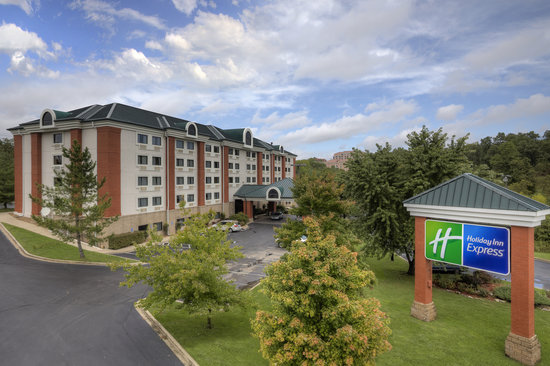 ‪Holiday Inn Express Branson - Green Mountain Drive‬