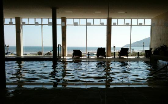 pool overloking sea at slieve donard picture of slieve donard resort and spa newcastle