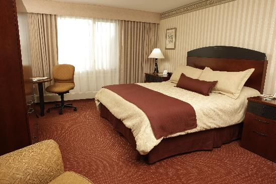 Haworth Inn & Conference Center: Standard room with one king bed