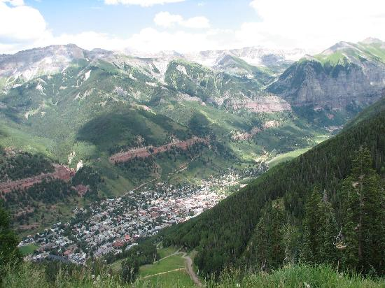 Bear Creek Lodge: telluride from gondola