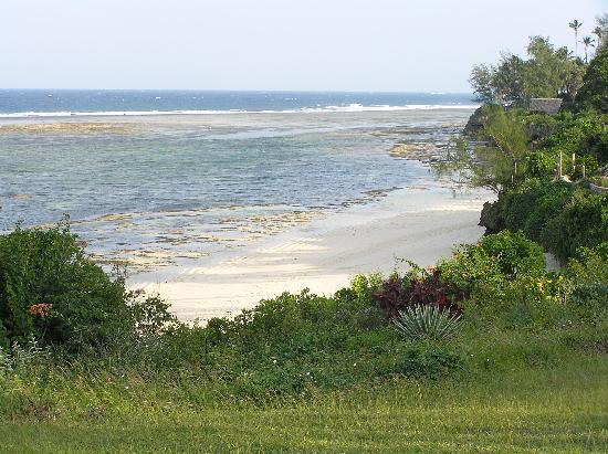 Tiwi, Kenia: Beach at Maweni Resort