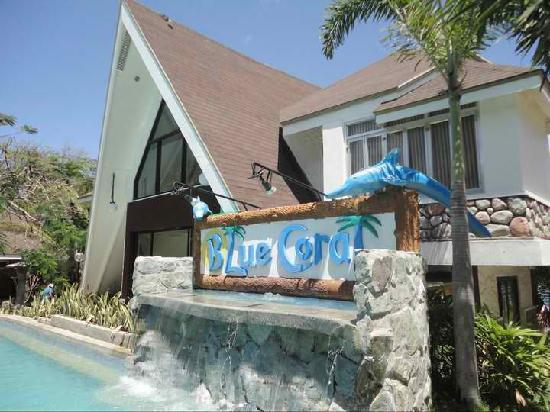 Blue Coral Beach Resort: sign