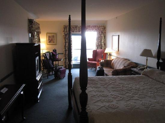 Loyalist Lakeview Resort Summerside: Room
