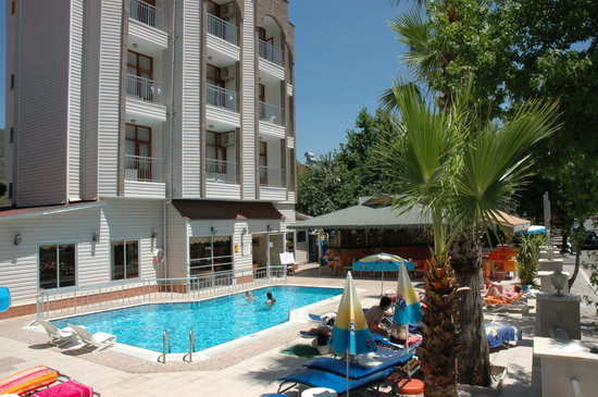 Ercanhan Hotel: ercan han hotel pool area