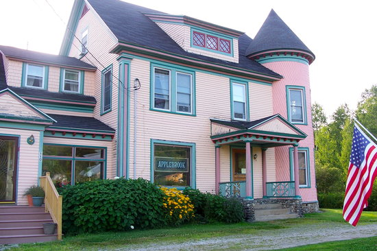 Applebrook Bed and Breakfast: Applebrook Inn