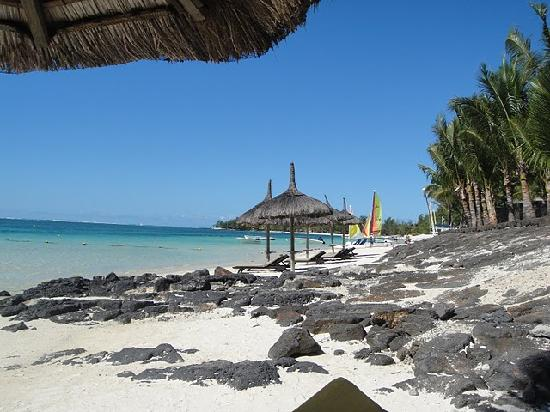 Manypics pictures la rivage reviews for Swimming pool mauritius