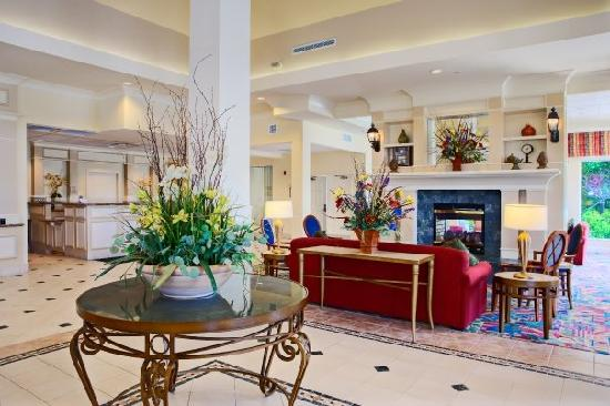 Hilton Garden Inn Springfield: Lobby