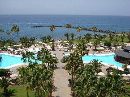 Riu Palace Tenerife: The view from the breakfast terrace