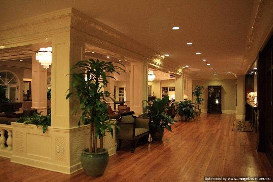 The Mulberry Inn: the lobby area