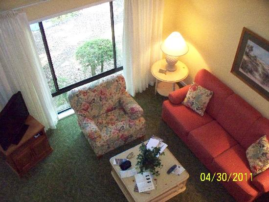 Spicebush at Sea Pines Resort: Living area from balcony.