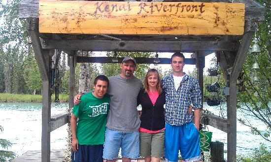 Kenai Riverfront Resort: Harris Family at Kanai Riverfront Resort