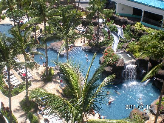 Grand Waikikian Suites by Hilton Grand Vacations: great pool