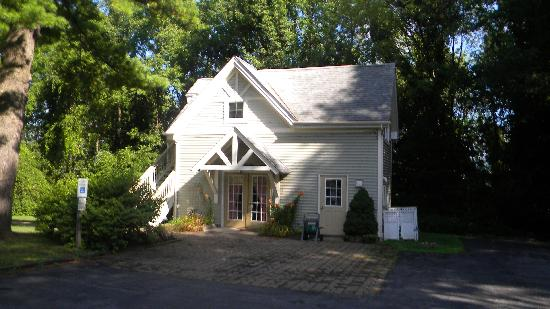 Alpine Haus Bed and Breakfast Inn: Carriage House--A fine honeymoon Suite