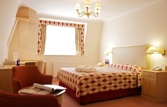 Photo of Walton Cottage Hotel & Suites Maidenhead