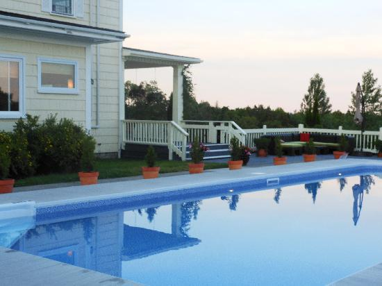 Rossmount Inn: Pool at Rossmount