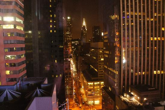 Millennium Hotel Broadway: night view from room