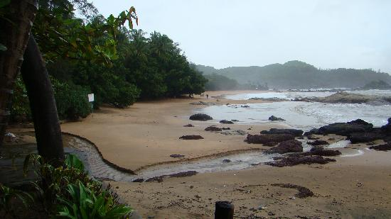 Gokarna, India: Clean Tranquil Beach