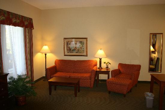 Hampton Inn & Suites Stuart-North: Plenty of space to relax....