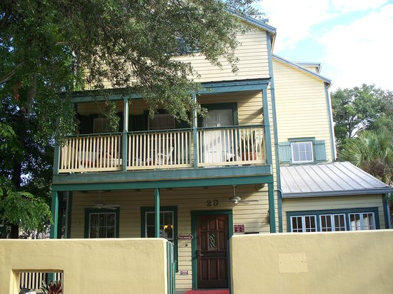 The Agustin Inn - A Bed and Breakfast
