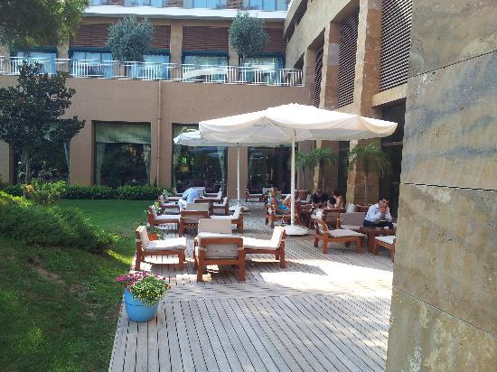 Voyage Belek Golf & Spa: cafe on the main entrance