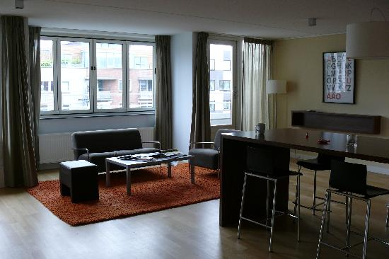 De Lastage Apartments: Common Area