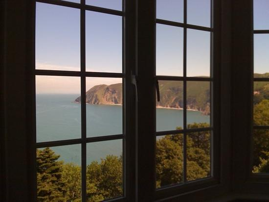 Chough's Nest Hotel: view from the 4 poster room