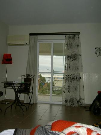 Room photo 17 from hotel Diamond Palace Apartments Gytheio