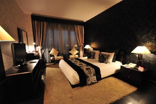 Ramada Continental Hotel: Royal Suite
