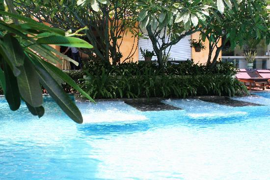 Mantra Pura Resort & Spa: The Pool