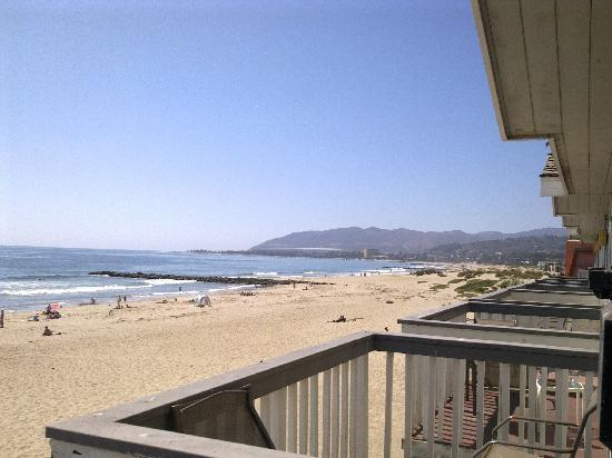 Inn on the Beach: looking north towards beunaventura, and the pier