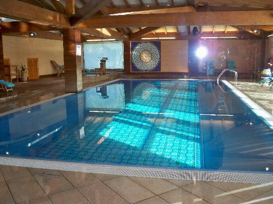 Je reviendrai picture of sheraton oran hotel oran tripadvisor for Piscine d interieur