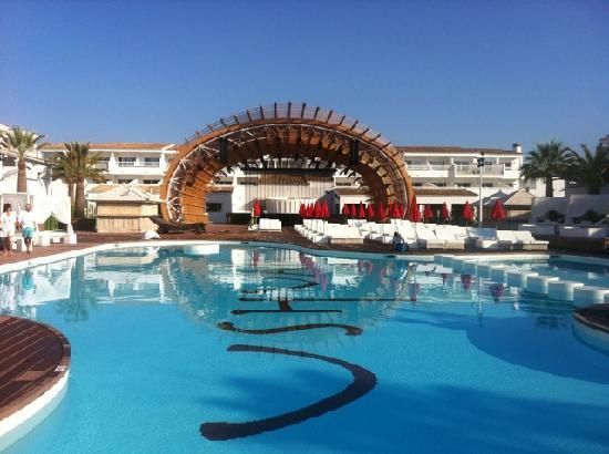 Kyle 39 s peek perfect day with things to do in ibiza for Hotels ibiza