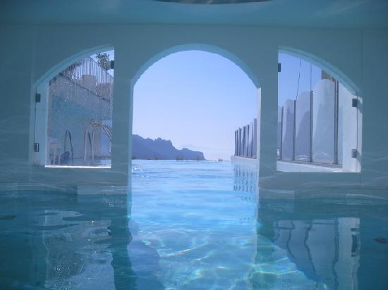 The swimming pool at the villa fraulo picture of hotel for Hotels in ravello with swimming pool