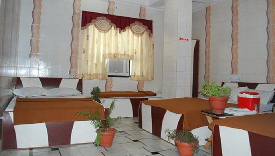Shahanshah Guest House