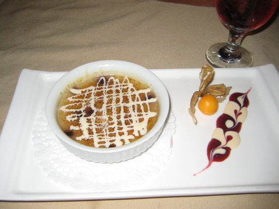 Whitby, Canada: Blueberry creme brule - sinfully delicious