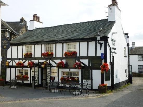 Queen's Head Hotel: The Queens Head.