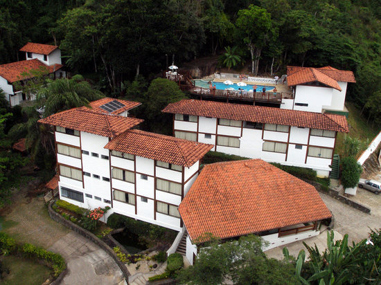 Hotel Coquille: Aerial View - The hotel is really close to the rain forest!