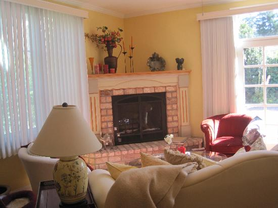 Adagio Inn : Living Room