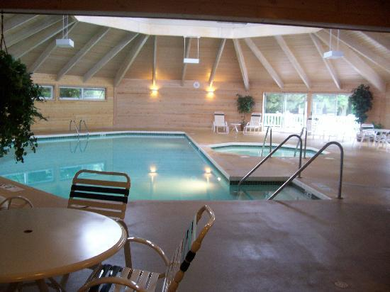 The Ashbrooke: Pool