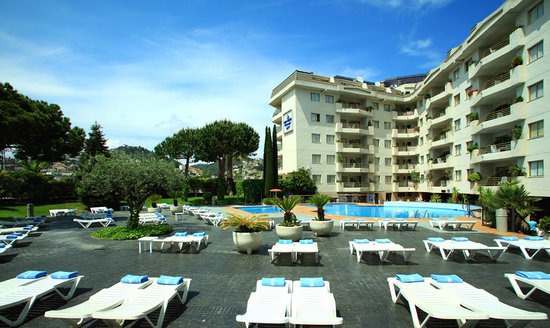 Aqua Hotel Montagut