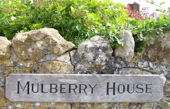 Mulberry House Bed and Breakfast: Mulberry House Sign