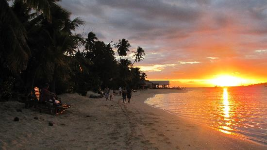 Malolo Lailai Island, Fiji: Sensational afternoon sunsets
